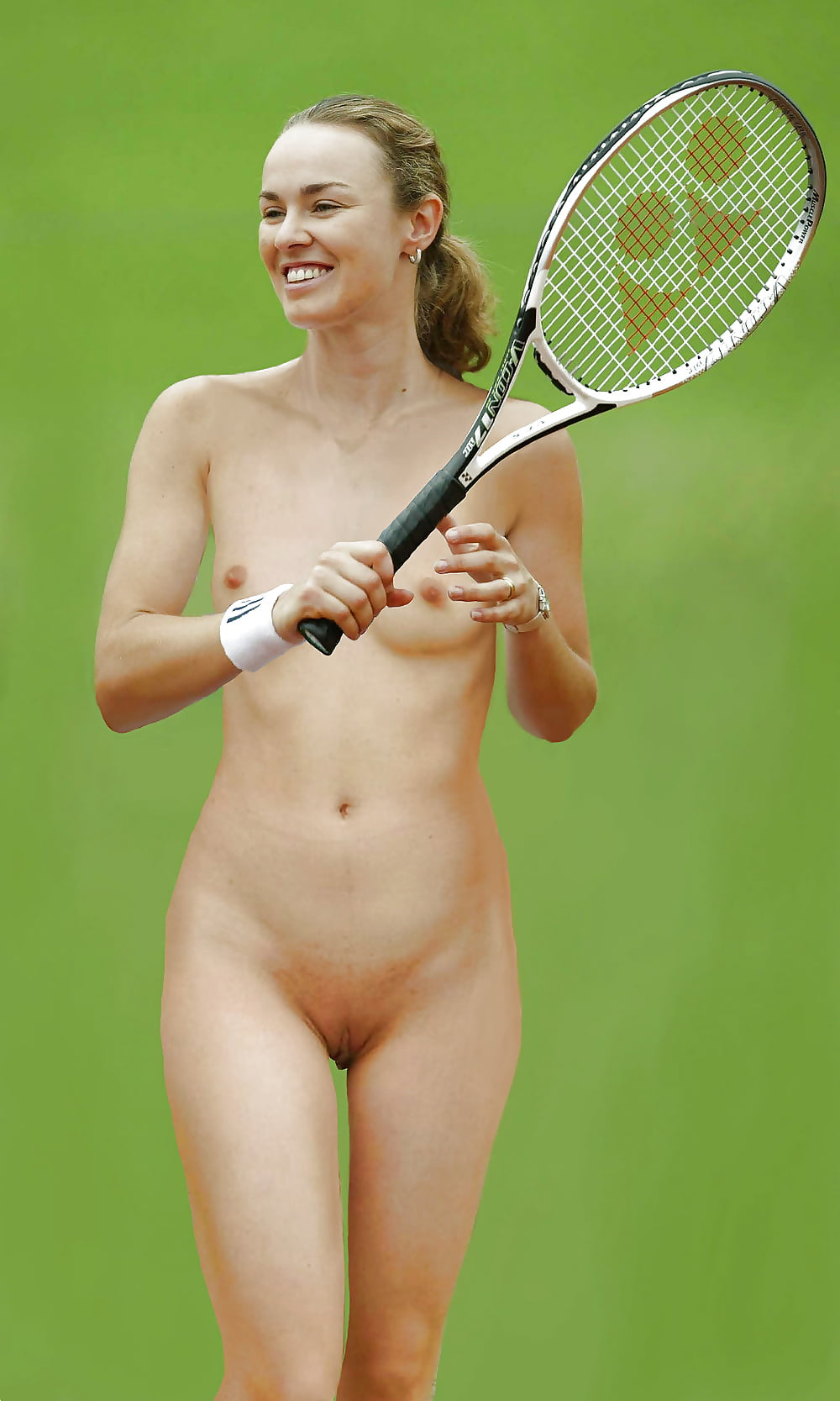 martina-hingis-topless-pictures