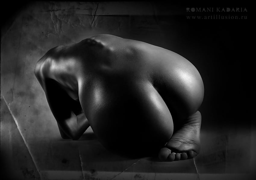 Implied nude photography