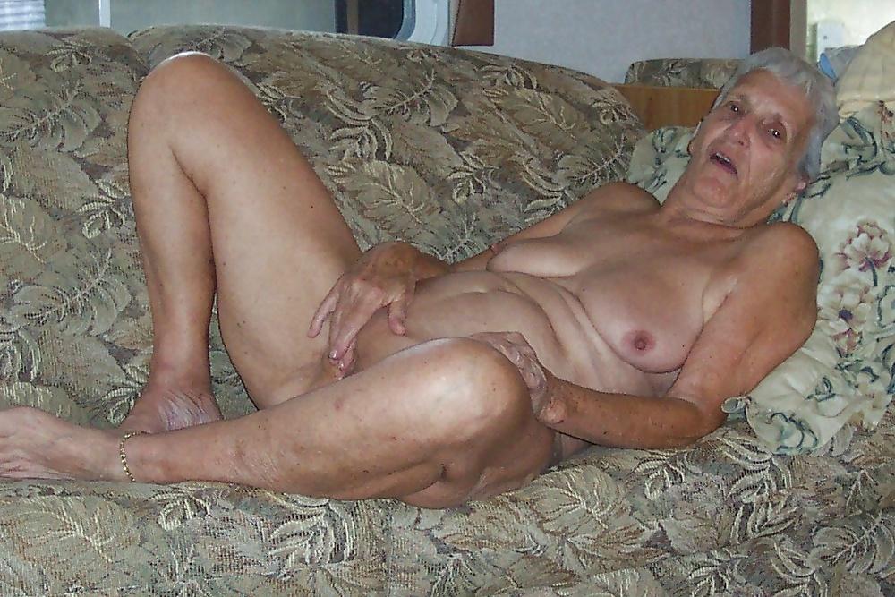 Motor nude granny fingering please