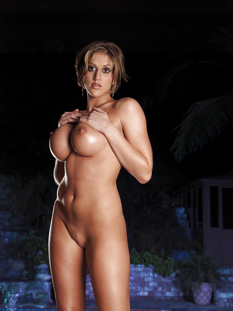 Kelly Ripa Nude Fakes