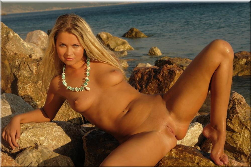 Heidi honey nude