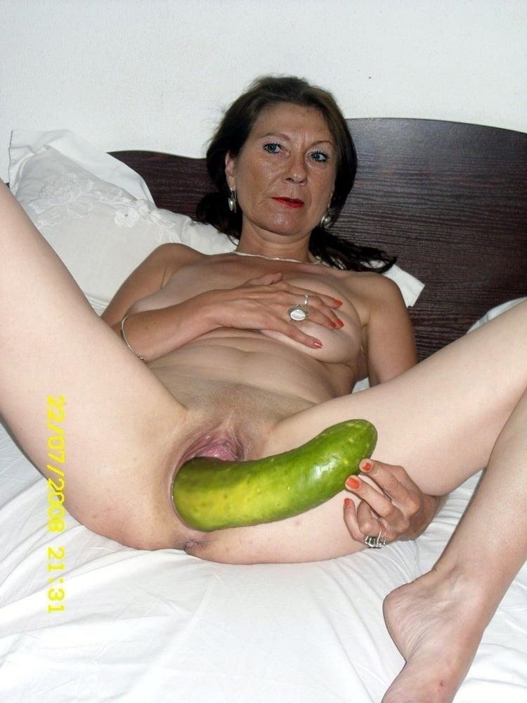 порно сайт женщины мастурбируют различными бытовыми предметами найти