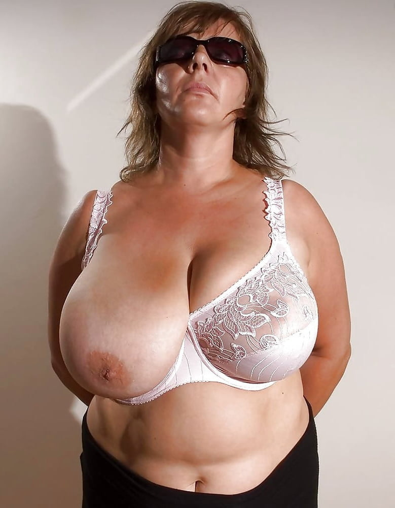 Free nude milf cams