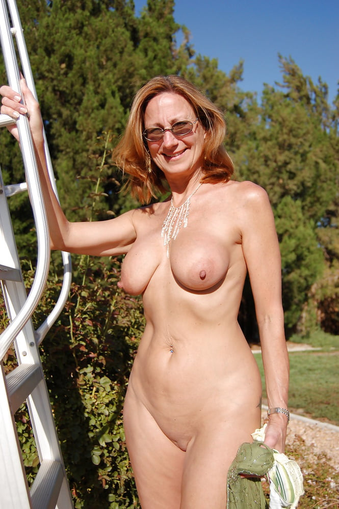 Fuck middle aged milf nudist and boob