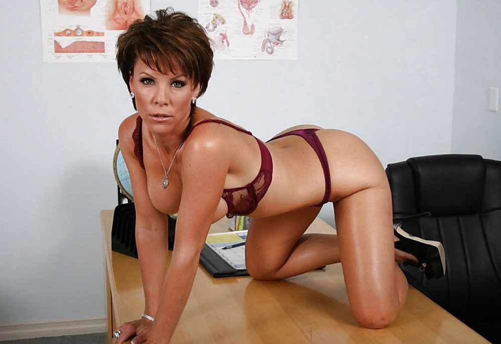 Showing porn images for kayla synz double porn