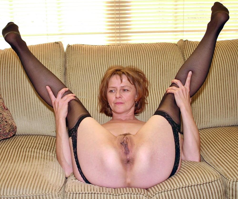 Milfs legs spread wide open tumbler