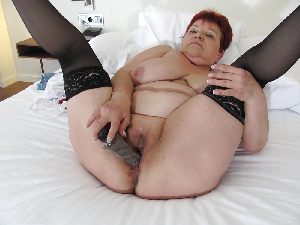 Granny Enjoys Dildo Fucking With A Teen Babe