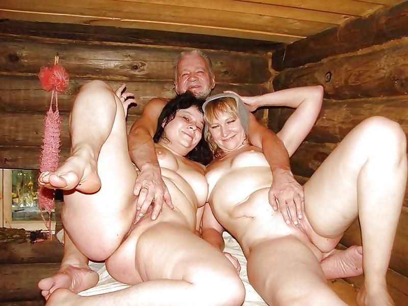 расслабляешься, прислушиваешься порно красивых мамок и баб в русской деревне член яички