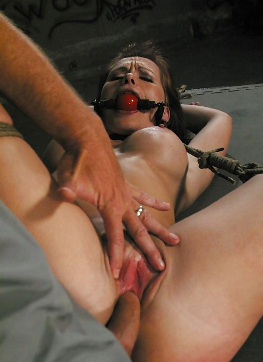lesbian-fucked-and-bound-finding-niece
