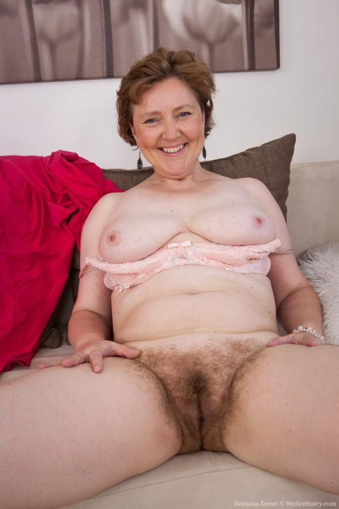 Mature hairy moms posing nude