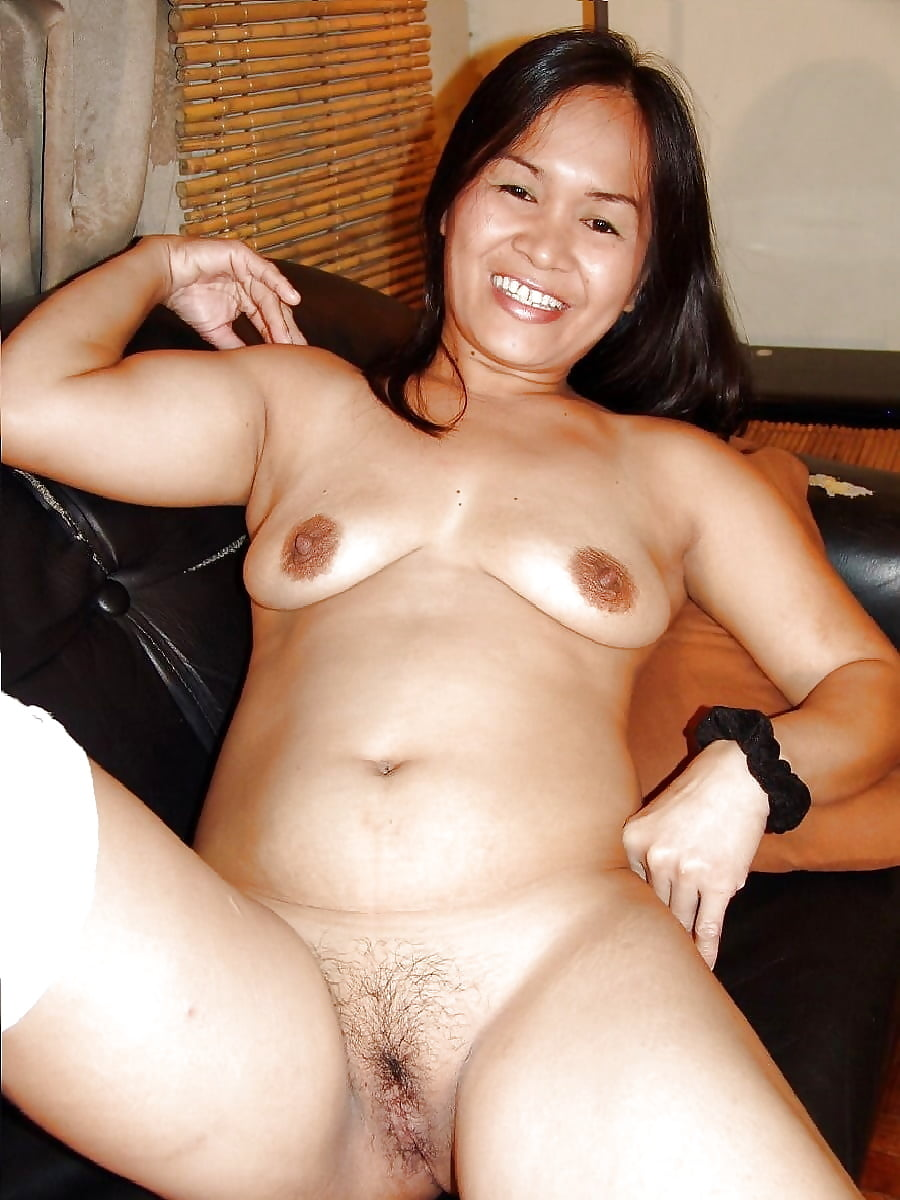 Filipina milf naked