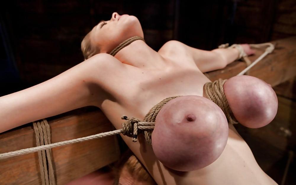 Порно большие титьки перетягивают веревкой 5