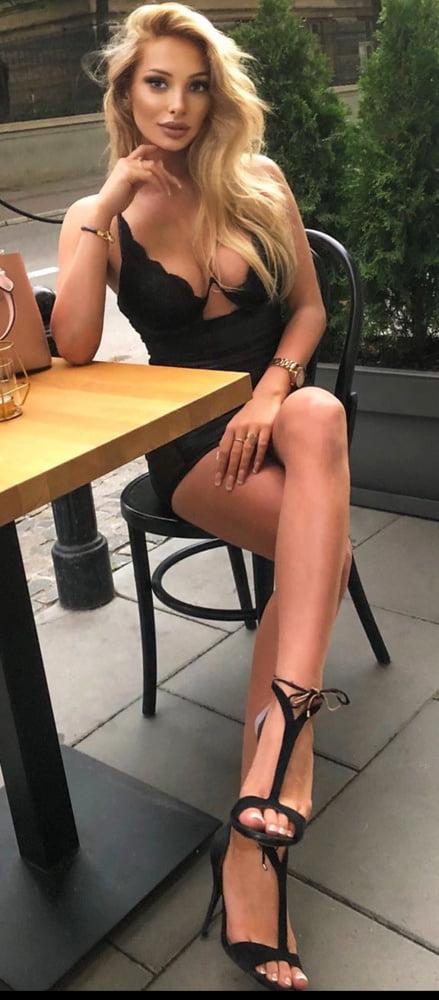 Julia Nowakowska- 17