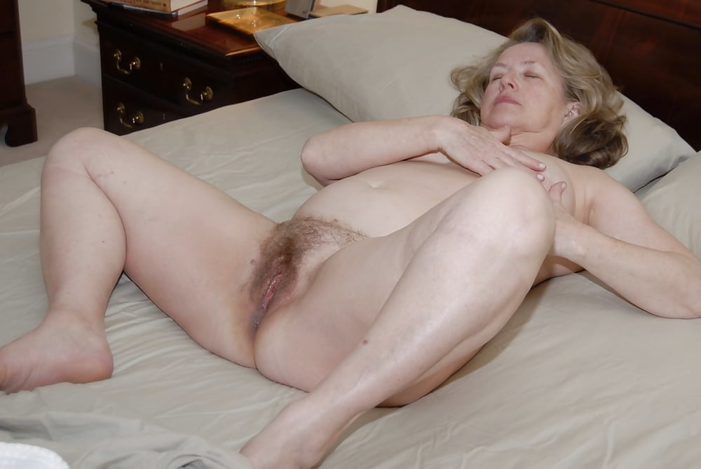 Granny porn galeries, old mature pics, hot naked granny