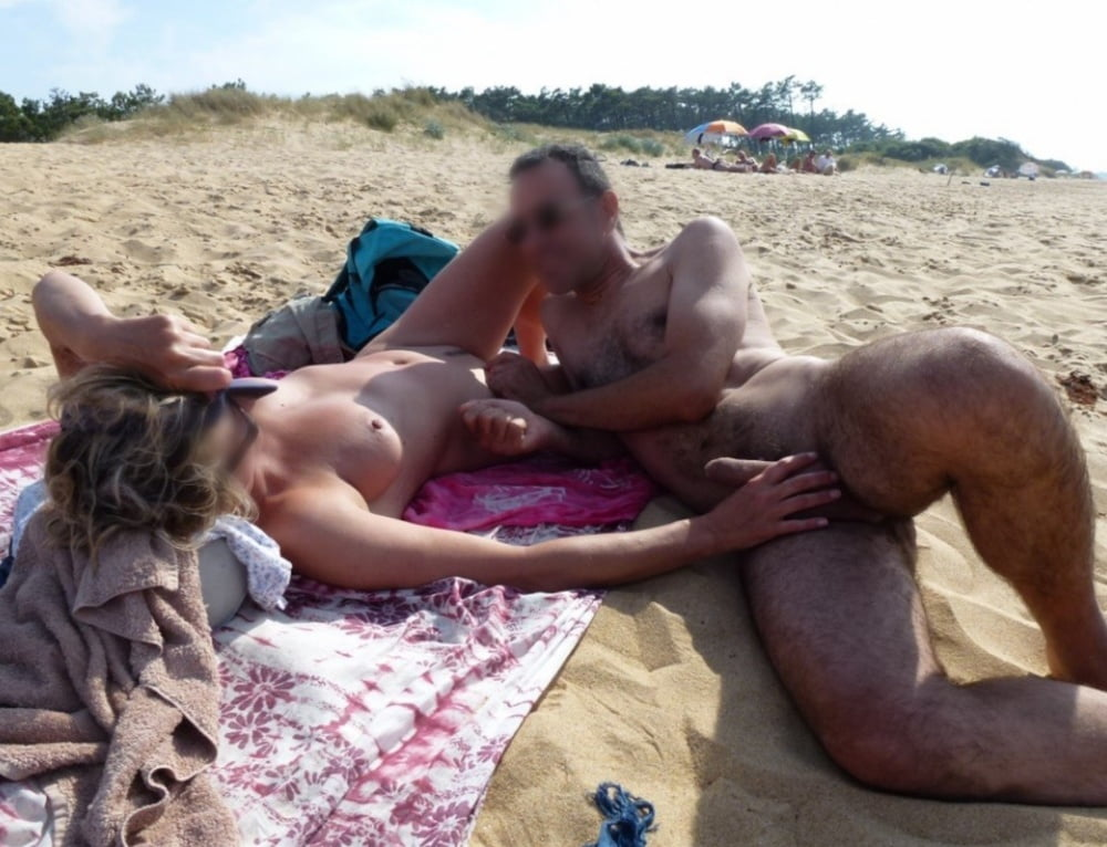 Beachgoer's warning after sex duo's spy camera found in dunes ends in giggles