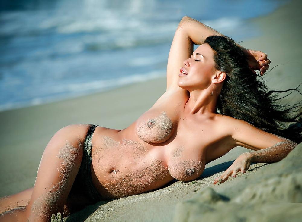 Nudes Kiran Sonia Sawar Instagram Foto Selfie