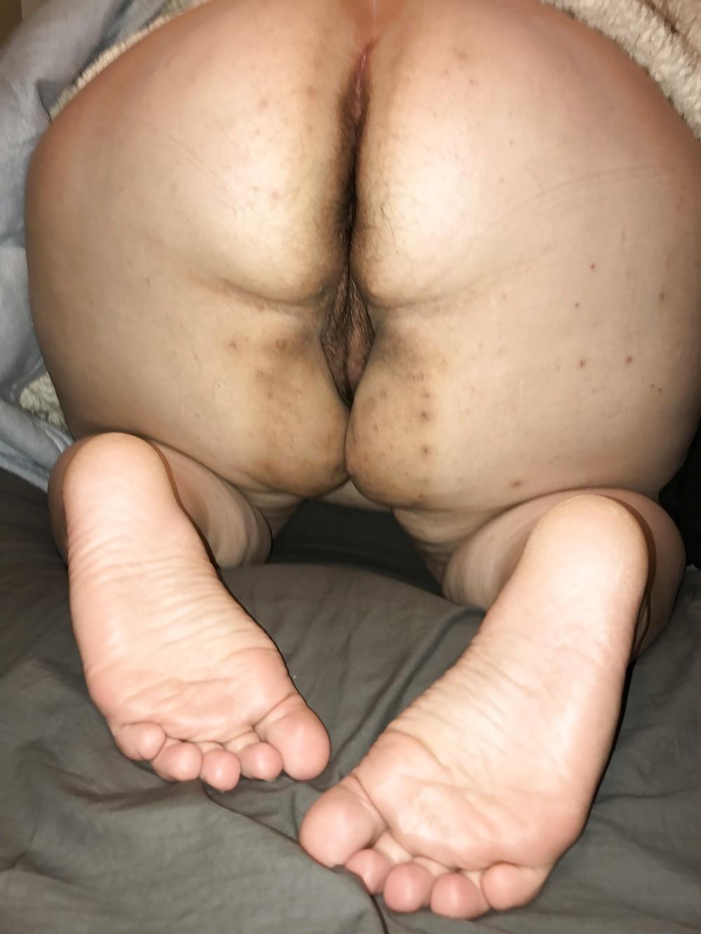 xxx tube 3gp Hot brunettes in thongs