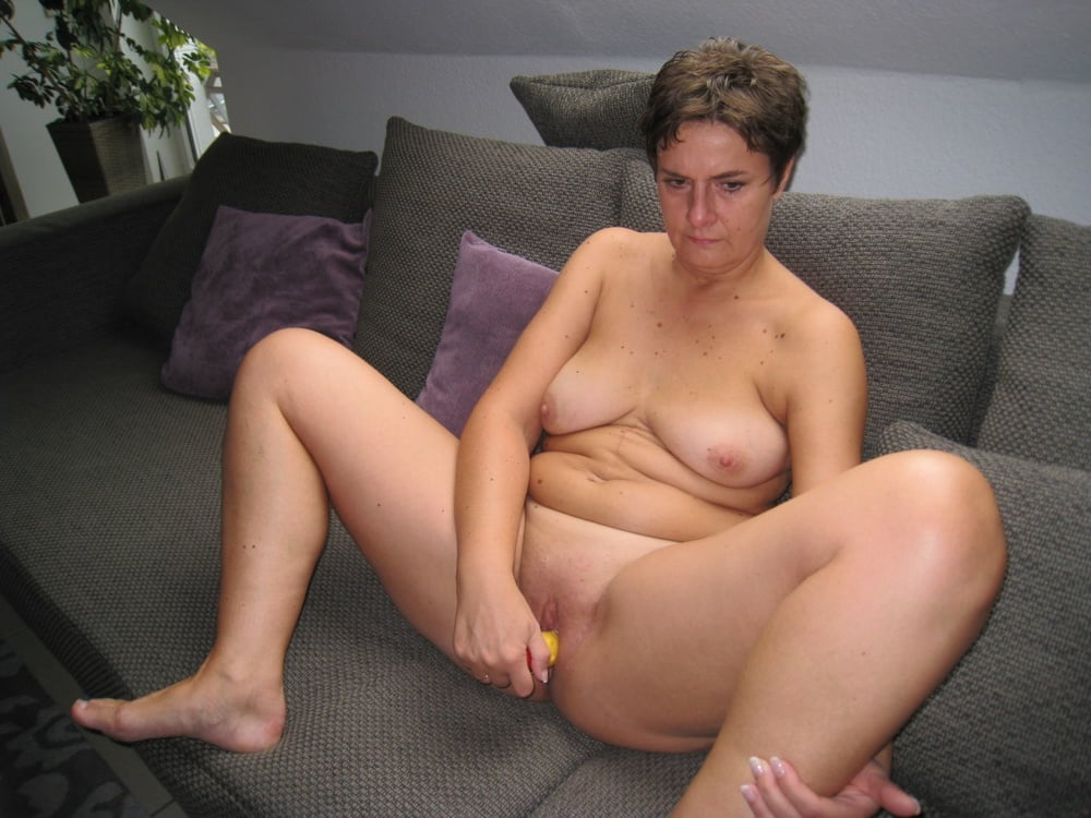 Mature hairy pussy for free