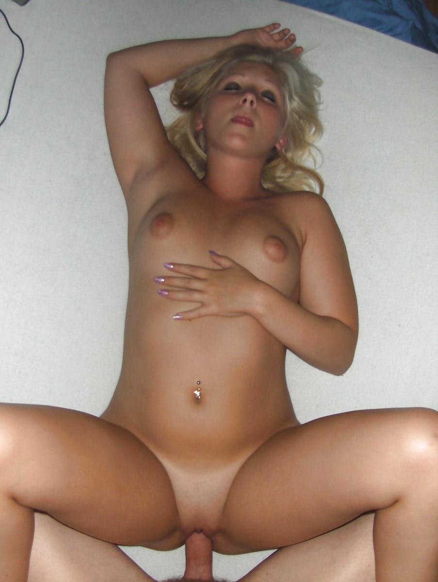 porno-foto-blondinok-domashnie-porno-bolshie-s-shirokimi-bedrami