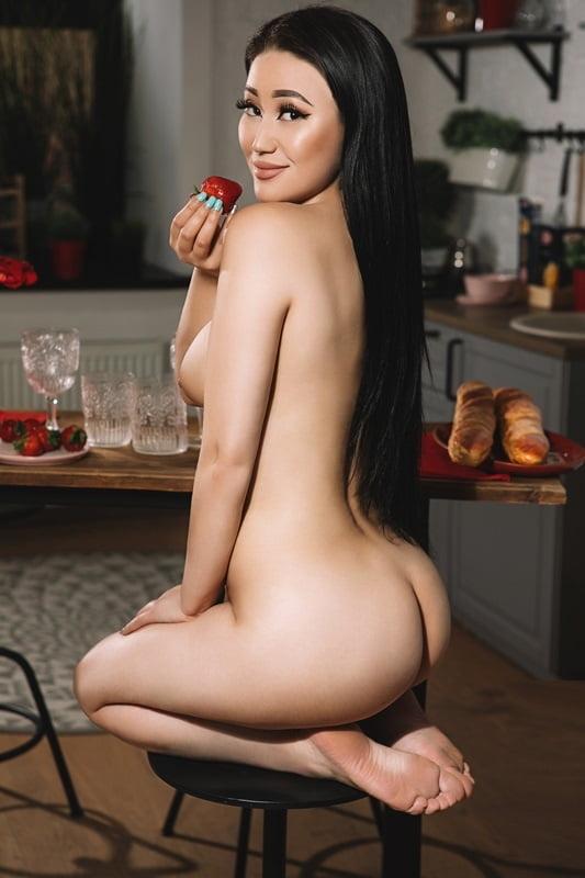 Проститутки алмат снять проститутку в марино