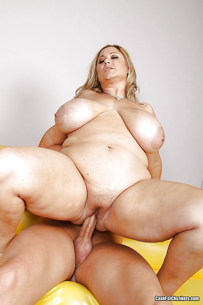 Fat girls getting humped — 1