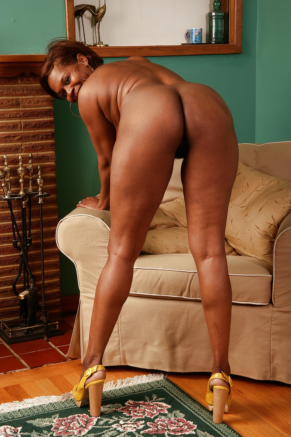 Ebony mature xhamster