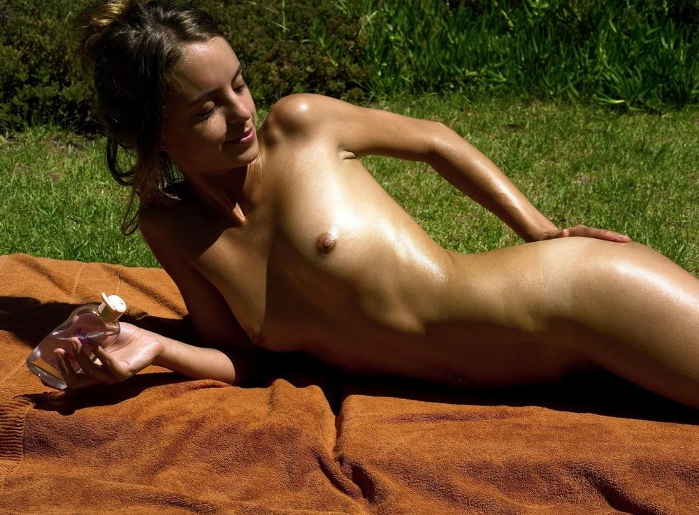 Moreystudio True Beauty Demi Cute Sweety Nude Gallery
