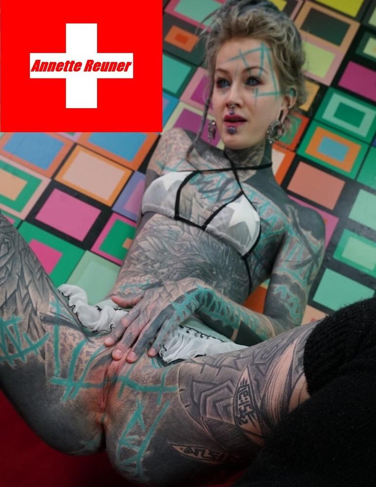 Annette Reuner - 10 Pics