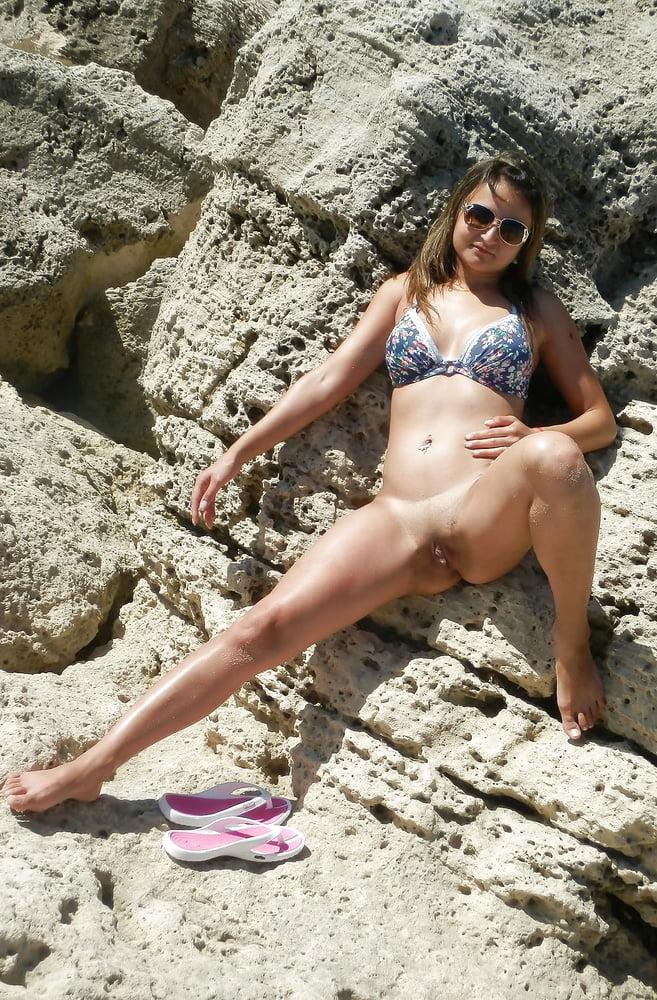 Bottomless bikini contest