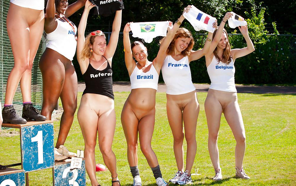 naked-athletes-college-girl-athletes-largest-sex-orgy