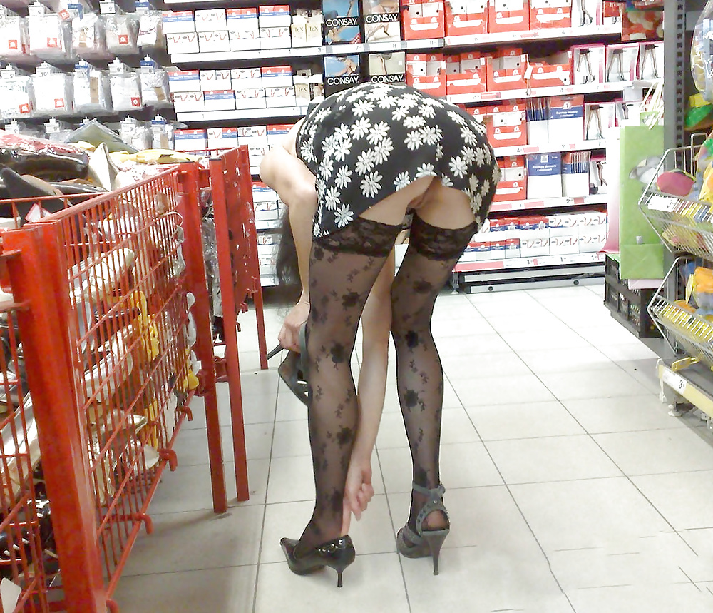Tight Dress Upskirt In The Grocery Store