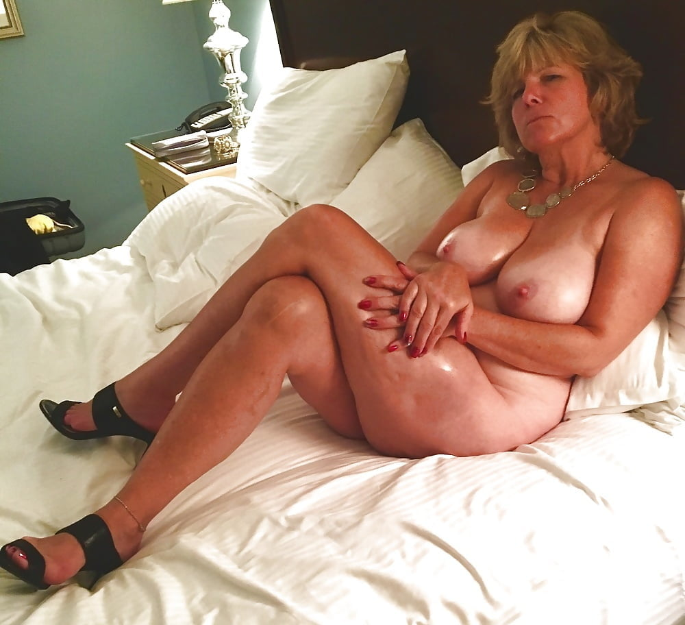 Sexy naked busty milfs and gilfs — 5