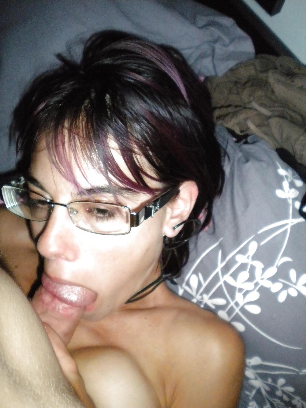 Онлайн сильвии девушка в очках домашнее порно порно