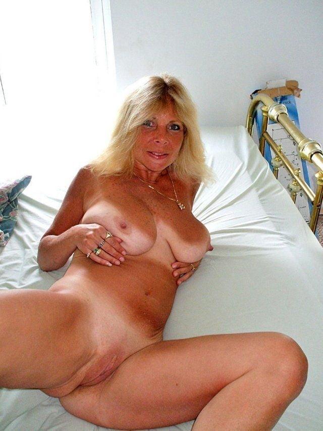 Mature nude tan lines-3967
