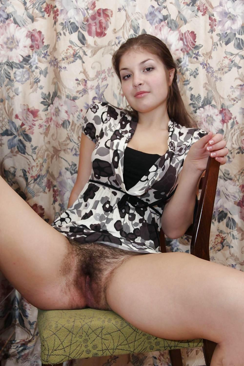 Фото русская с небритой пиздой #10