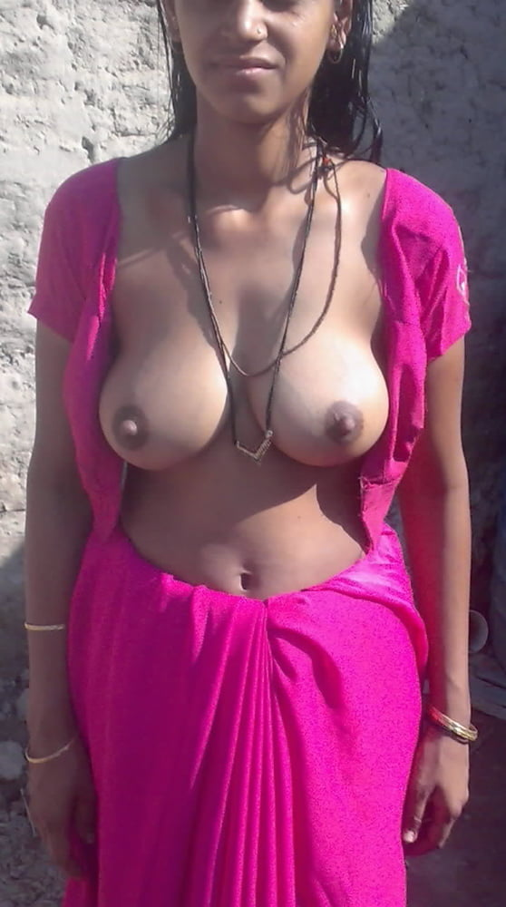 delhi-girls-showing-boobs-bangkok-young-girl