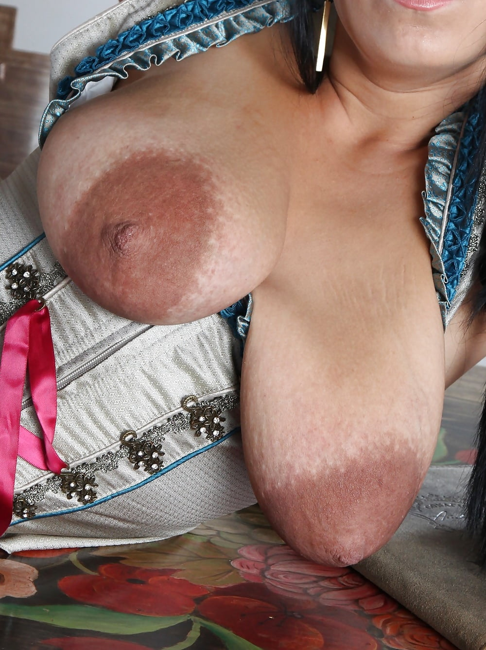 fuck-long-wrinkly-tits-being-sucked-movie