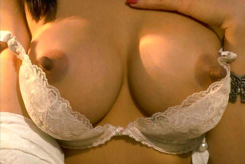 размеры груди порномоделей код для