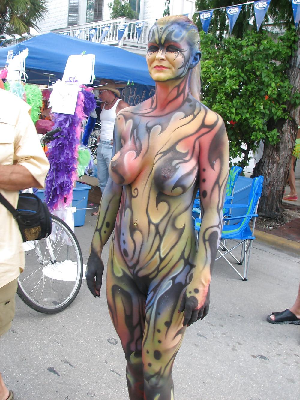 naked-bodypainting-boys-cameltoe-girl-deflowered