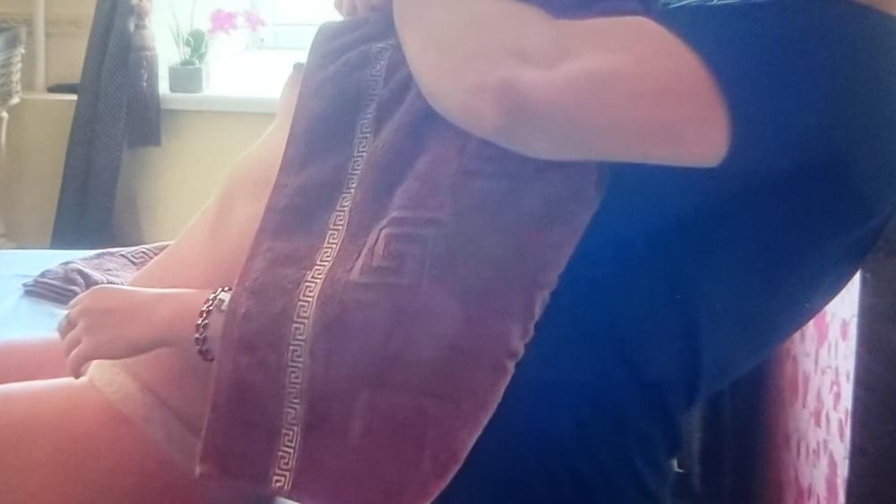 Nipple flash at live stramning massage.- 8 Pics