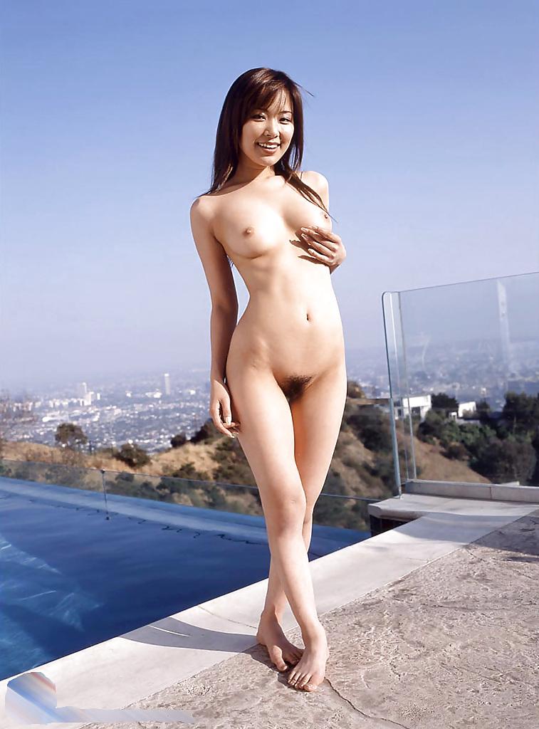 Pretty japanese pornstar