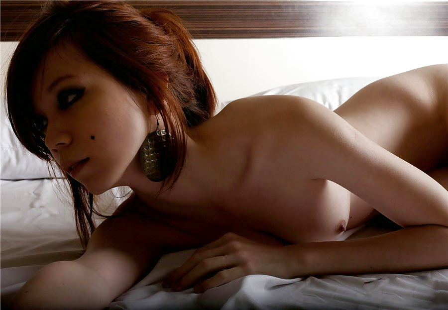 Cute nude singapore girl
