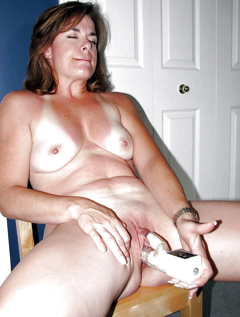 Mexican mom masturbating