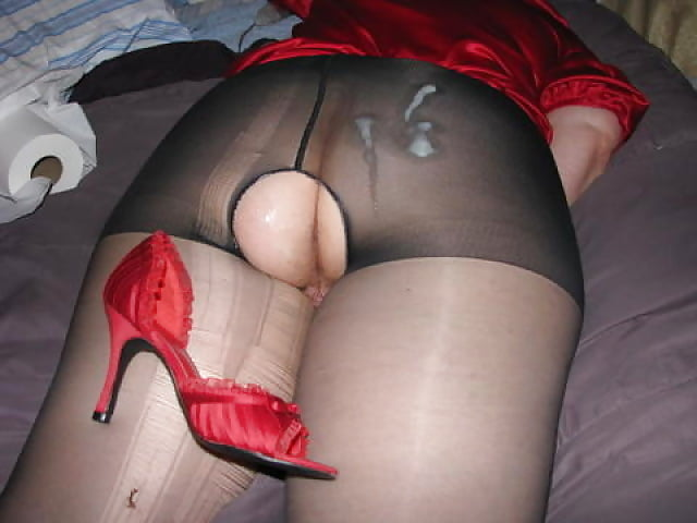 Boobed had her pantyhose removed girls