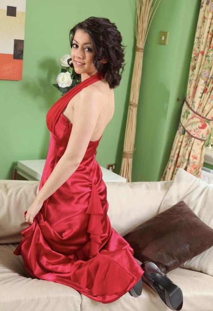 Gemma - Womanin Red - 20 Pics
