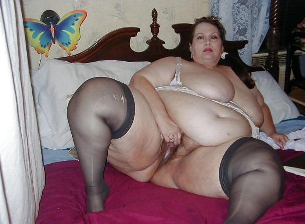 Chubby ssbbw strip and dildo mobile sex HQ pics