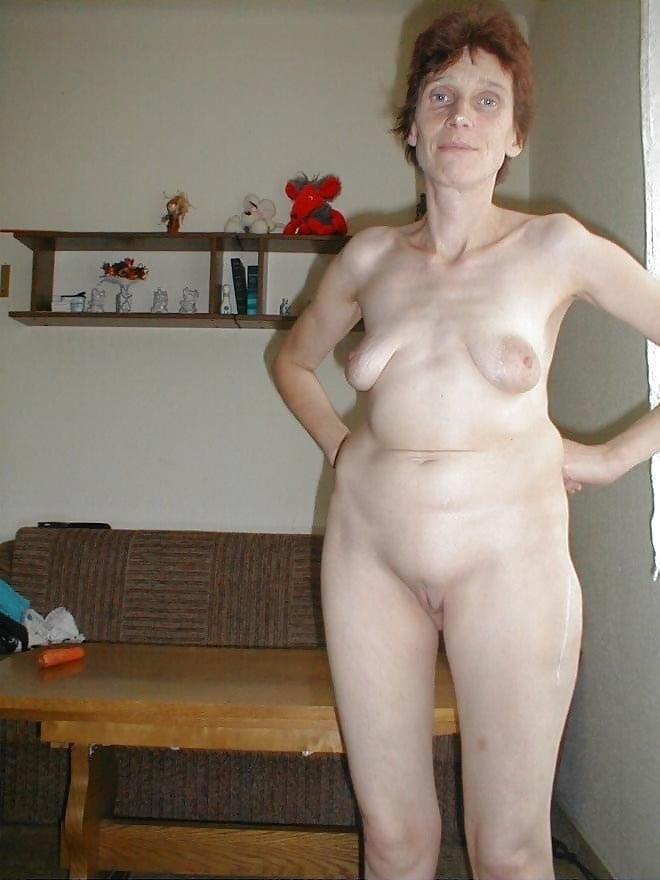 Женского сока фото дом старые голые бабы мужских