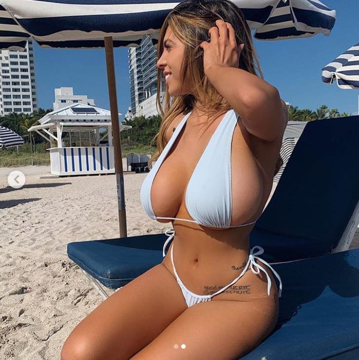 Huge Tits Milf Porn Pics