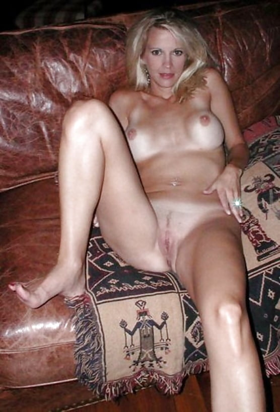 Sexy women to jerk off to #1