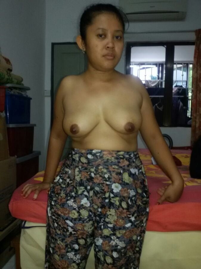 Malay amatuer girl naked — photo 9